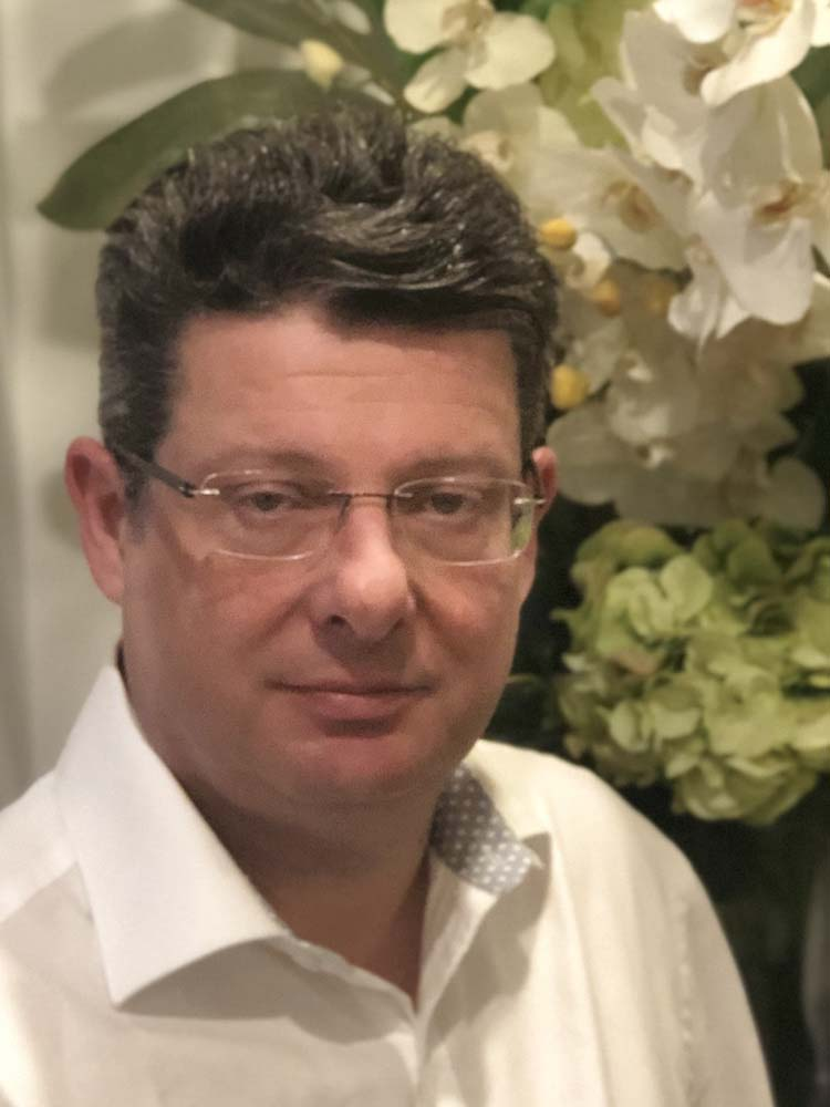 Sydney Proctology. Dr. Darren Gold